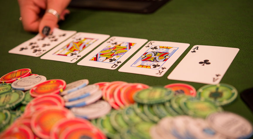 Online casinos will offer a lot of flexibility for the players to start the gaming process.