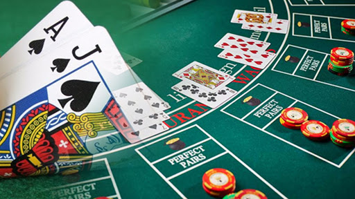 How to earn money from poker?